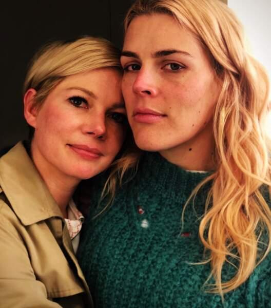 Trop d'amour : Busy Philipps et Michelle Williams de Dawson étaient réunies.