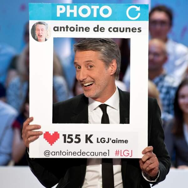 66. Antoine de Caunes (@antoinedecaune1) - Acteur, réalisateur, producteur et animateur (220 538 followers)