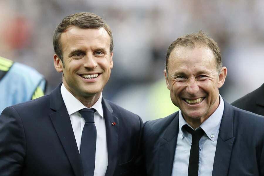 En bon supporter de l'OM, Emmanuel Macron était ravi de serrer la main de JPP !