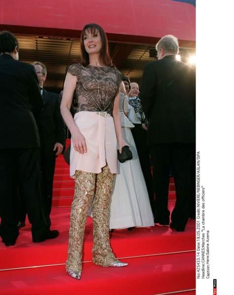 Que dire devant cette tenue de Sabine Azema ? Euh… (2001)