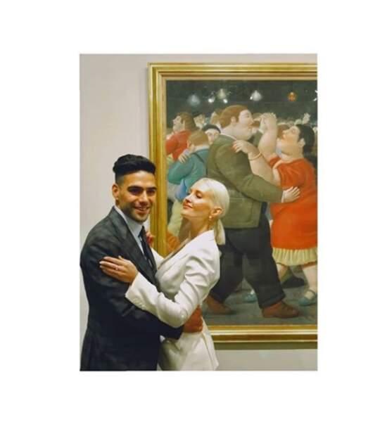 Le couple est très ami avec le Colombien Radamel Falcao et la chanteuse Lorelei Taron