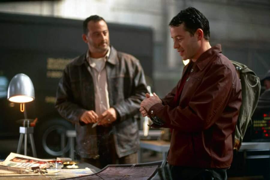 "Jean Reno avec Matthew Broderick dans ""Godzilla"""