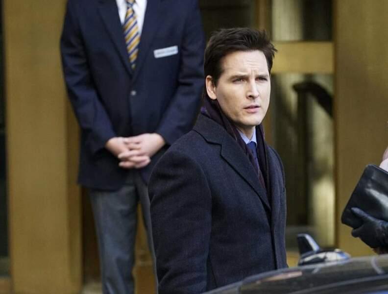 Ici, Peter Facinelli en brun dans la série American Odyssey (diffusée sur NBC), annulée faute d'audiences