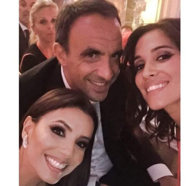 Ce selfie improbable : Eva Longoria, Nikos et Laurie Cholewa. WTF ?