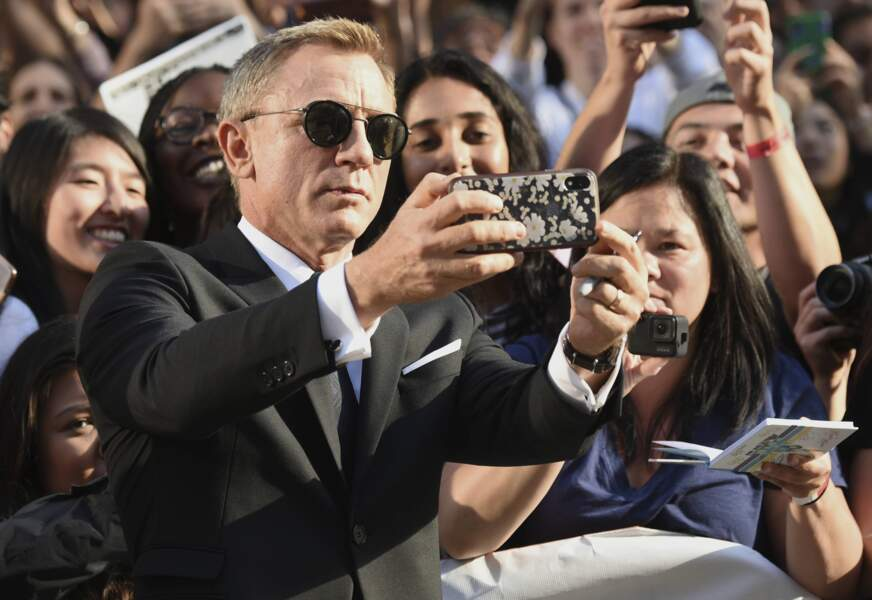 Un petit selfie avec Daniel Craig ?