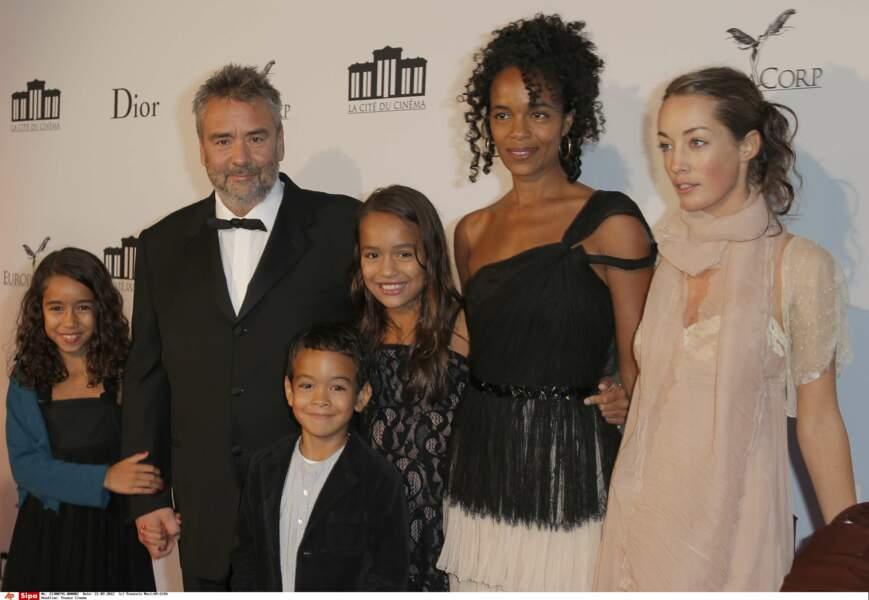 Le couple a eu 3 enfants : Thalia (née en 2001), Sateen (2003) et Mao (2005)