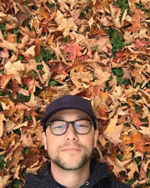 Est-ce que vous aussi vous aimez l'automne, comme Joseph Gordon-Levitt ?