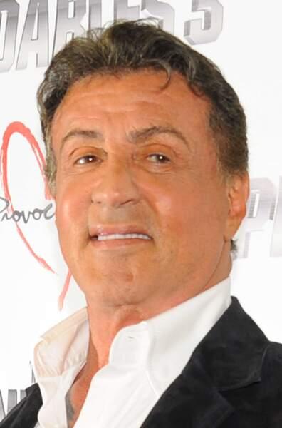 Qui pour remplacer Sylvester Stallone, alias Barney Ross, leader des Expendables ?