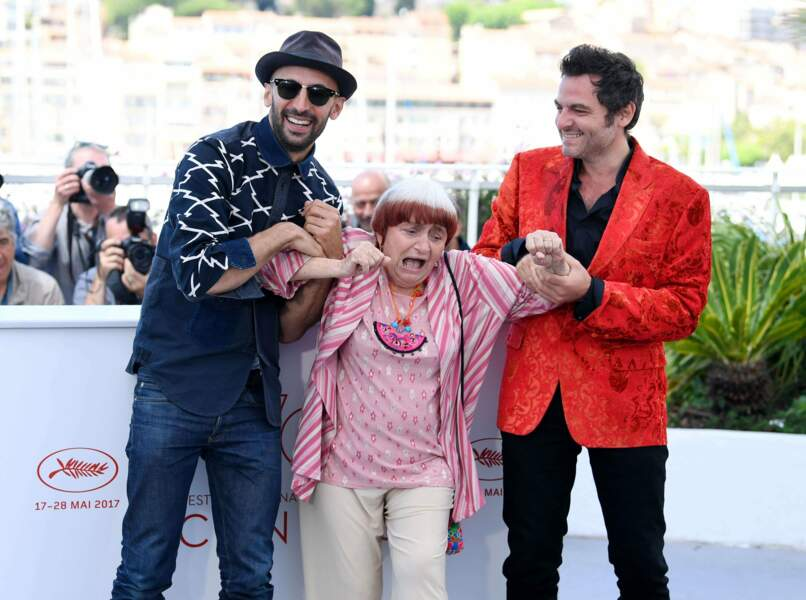 JR et Matthieu Chedid adorent taquiner Agnès Varda et ses 88 printemps. Aucun respect !
