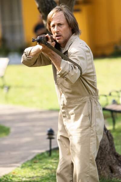 Durant les saisons 5 et 6 de la série Lost, il incarne le père de Ben dans quelques épisodes