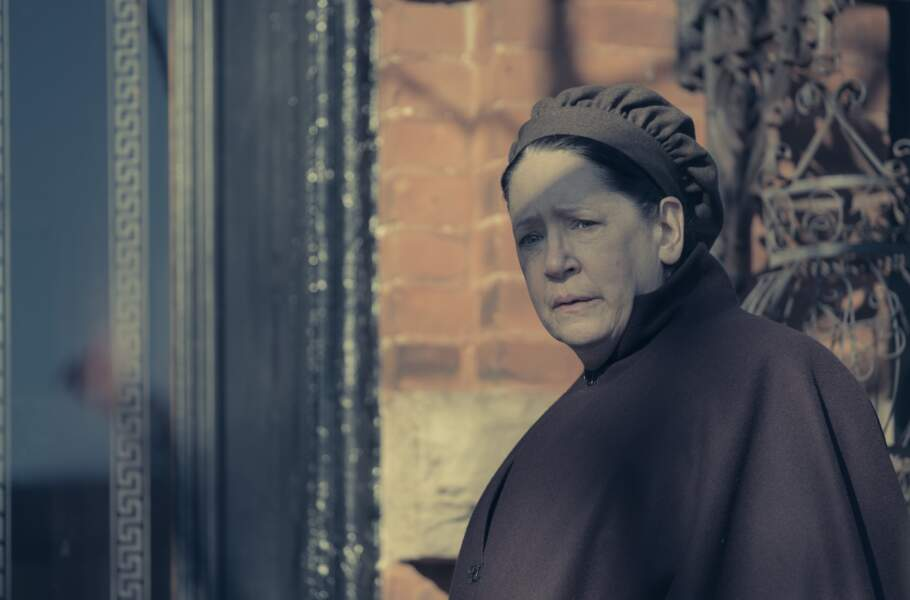La cruelle Tante Lydia, c'est Ann Dowd