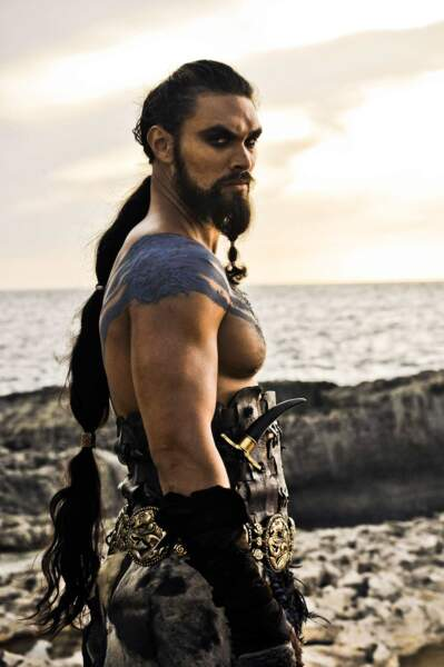 Khal Drogo (Jason Momoa) : L'amour, c'est étouffant parfois... (Saison 1, épisode10)