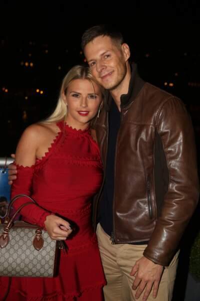 Mais qui, de Matthieu Delormeau ou Kelly Vedovelli, est le plus blond ?