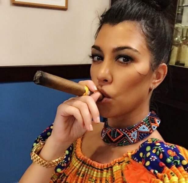 ... et avait zéro crédibilité en fumant ce cigare à Cuba.