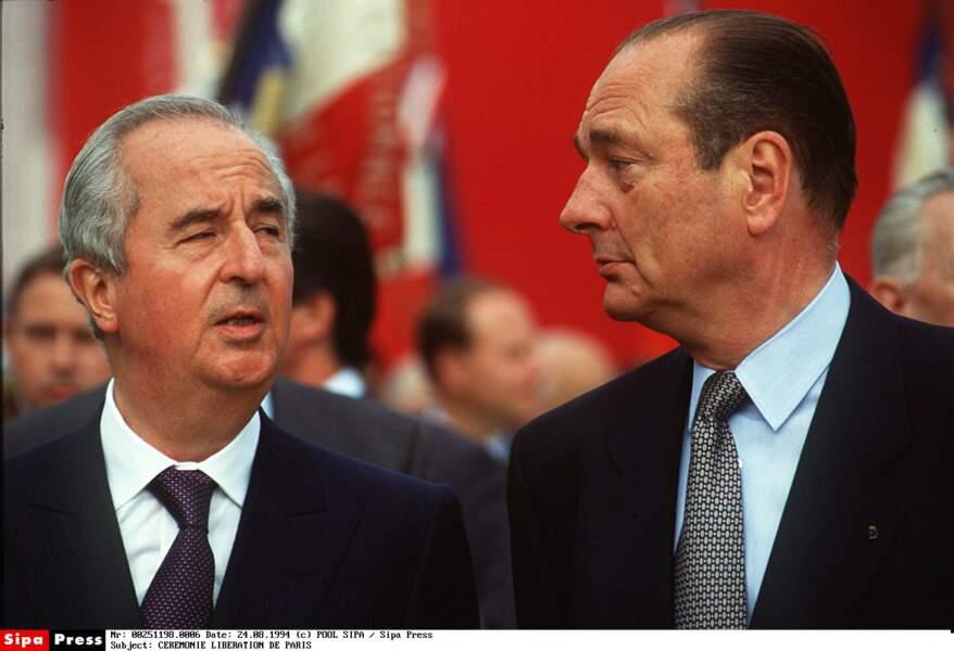 1995 : Edouard Balladur, aidé par le jeune Nicolas Sarkozy, tente de lui ravir la présidence. Manqué !