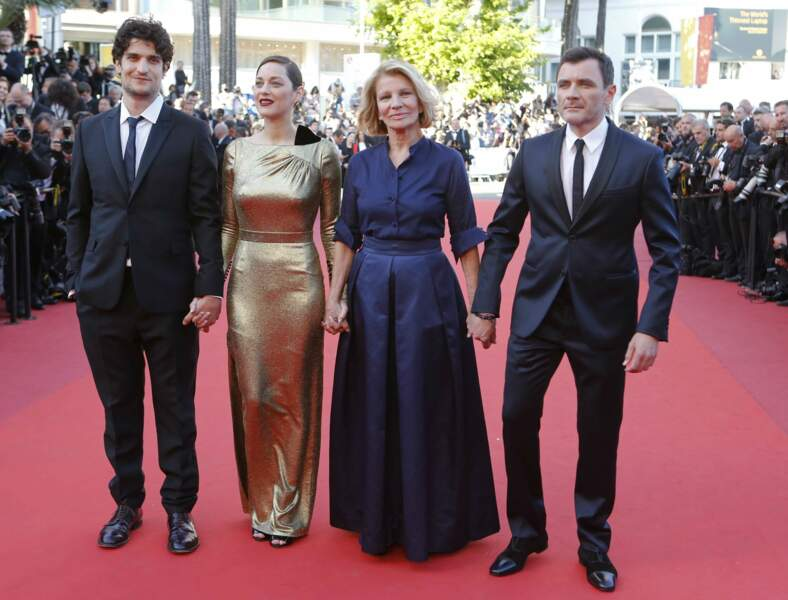 L'actrice sur le tapis rouge avec Louis Garrel et Alex Brendemuhl, ses partenaires, ainsi que Nicole Garcia