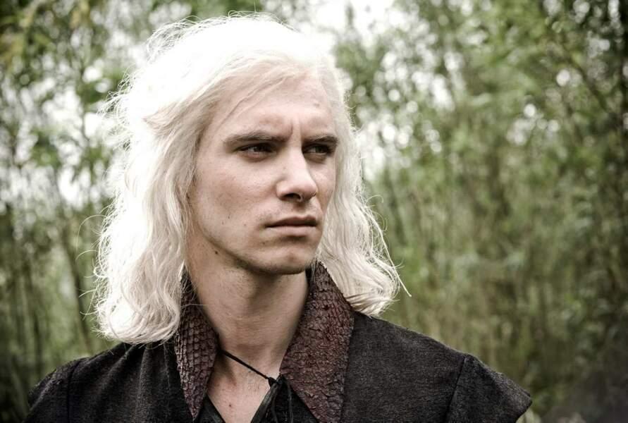 Viserys Targaryen (Harry Lloyd) : Une mort en or ! (Saison 1, épisode 6)
