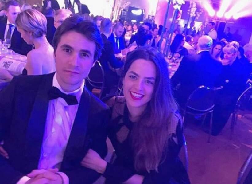 Il se nomme Julien Dereims et ils sont en couple depuis 2010