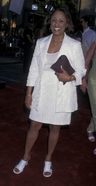 Au cinéma, Darlene Love campait Trish, l'épouse de Roger.
