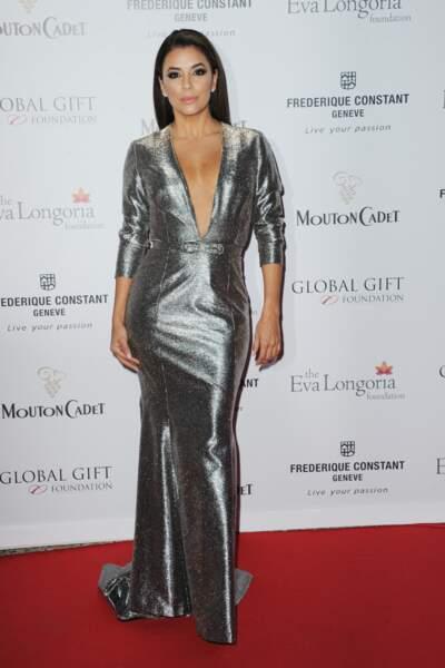 La soublaïme Eva Longoria a illuminé le tapis rouge du Global Gift Gala