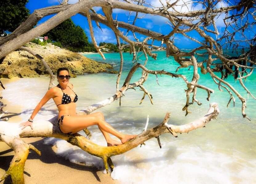 Vacances également pour Eve Angeli