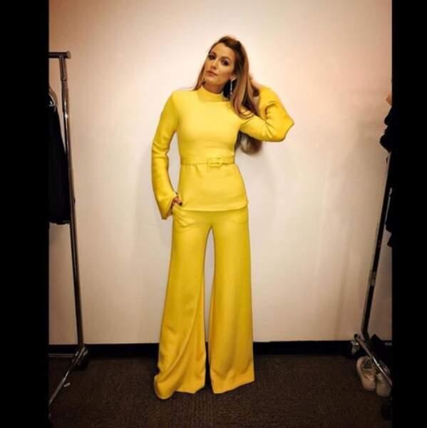 Il se pourrait que Blake Lively aime la couleur jaune.