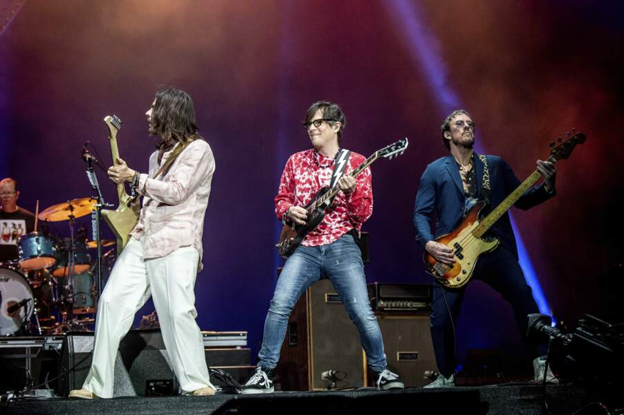 Brian Bell, Rivers Cuomo et Scott Shriner du groupe Weezer
