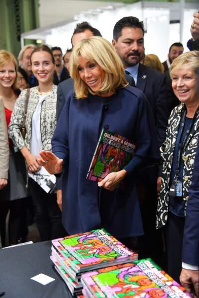 En tout cas, elle est repartie avec le catalogue de l'exposition !