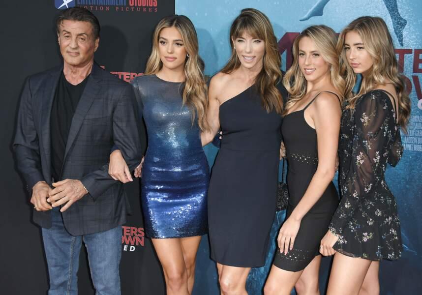 Sly, sa femme Jennifer et leurs filles Sistine, Sophia Rose et Scarlet Rose (2019)