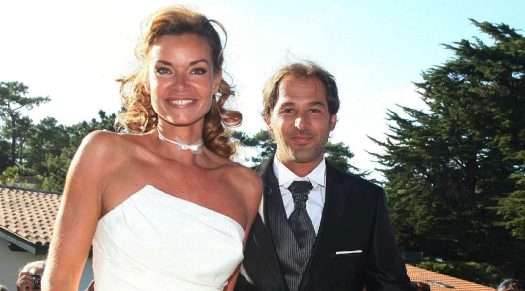 Sur le tournage de cette série , elle rencontre le réalisateur Thierry Peythieu, qu'elle épouse en 2011