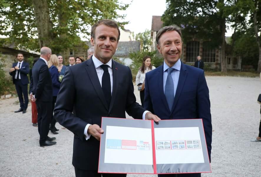 L'animateur, engagé dans la protection des édifices historiques, est proche du Président de la République.
