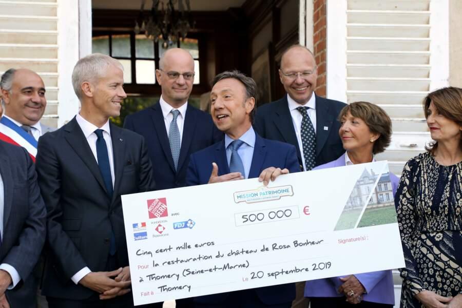 Pour la deuxième édition du Loto du Patrimoine, Stéphane Bern a remis un chèque de 500 000 euros...