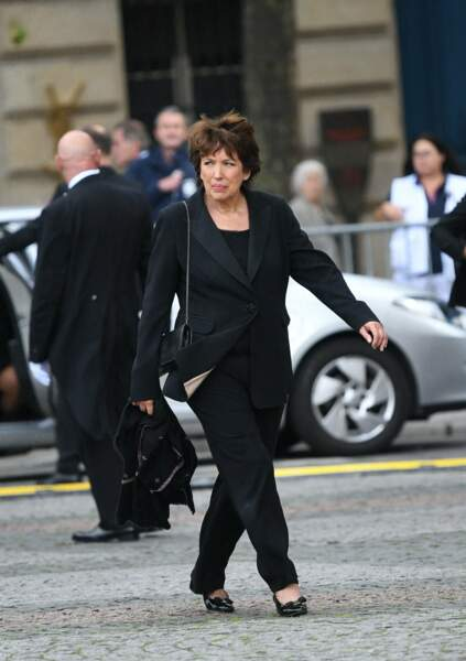 Et Roselyne Bachelot, ministre de l'Ecologie dans le gouvernement Raffarin.