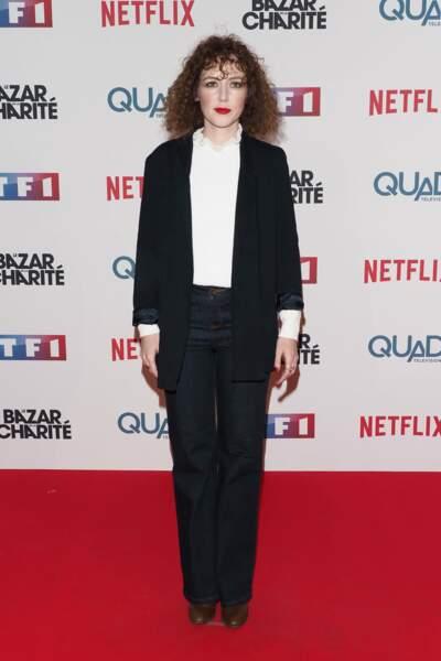 Blandine Bellavoir, la belle des Petits Meurtres d'Agatha Christie, a choisi une tenue sobre et classe