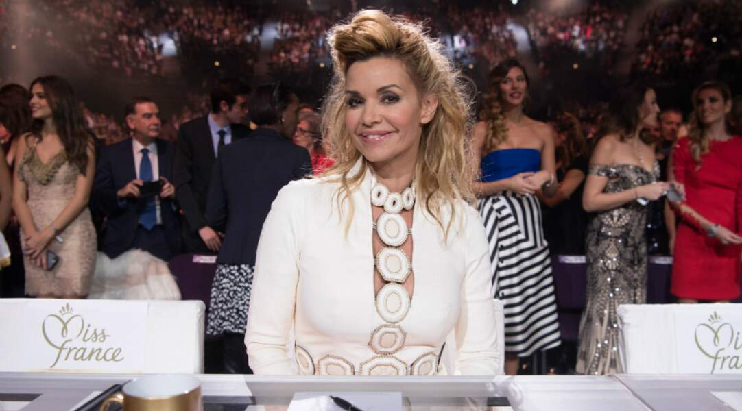 En 2016, elle fait partie du jury du concours Miss France
