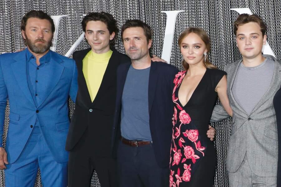 En effet, manquait Robert Pattinson, autre star du casting du film