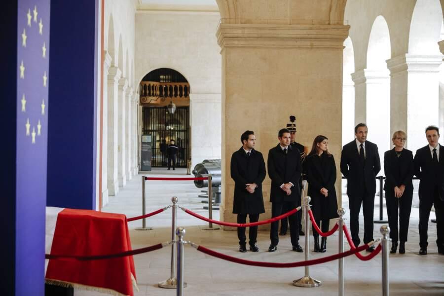 Les trois enfants de Frédéric Salat-Baroux (à gauche) ont assisté à cette courte cérémonie inter-religieuse