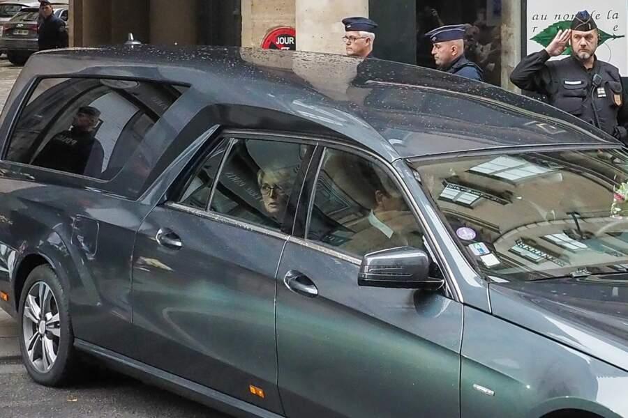 A bord se trouvait aussi la fille de l'ancien président, Claude Chirac
