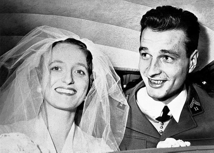 Les époux Chirac le jour de leur mariage, le 17 mars 1956