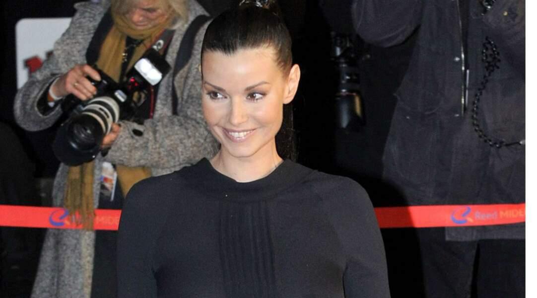 L'année d'après, l'actrice, rayonnante, revient aux NRJ Music Awards.