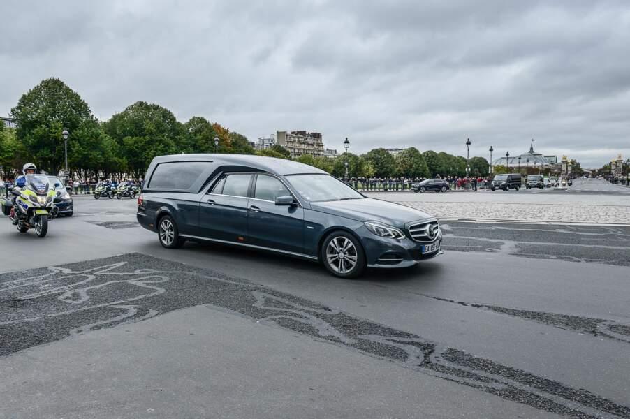 L'arrivée du cercueil de Jacques Chirac aux Invalides