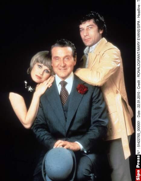 Dans les années 70, Patrick Macnee a eu pour partenaire Joanna Lumley qui jouait Purdey