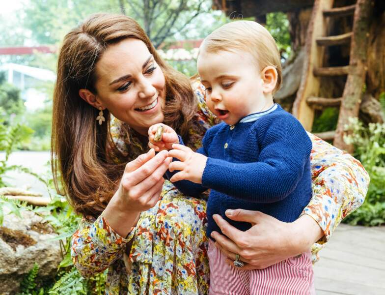 """A Chelsea, Kate lui fait découvrir en mai son jardin """"Back to nature"""" imaginé avec l'aide de paysagistes"""