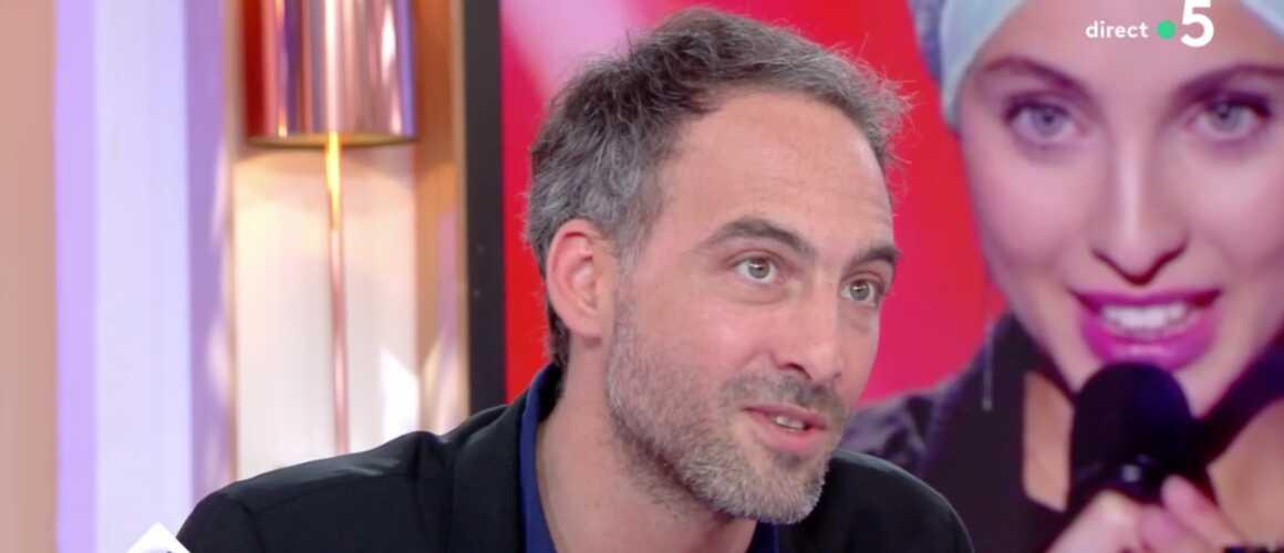 Raphaël Glucksmann News: Raphaël Glucksmann évoque Les Propos Complotistes De