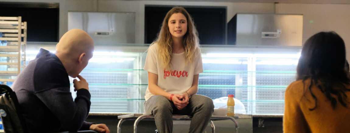 Les Bracelets Rouges Tf1 Sarah Come La Scenariste Reagit Au
