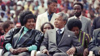 Winnie Mandela, l'ex-épouse de Nelson Mandela, est morte