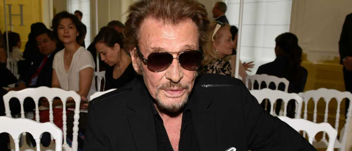 album posthume de johnny hallyday son label annonce une sortie l automne. Black Bedroom Furniture Sets. Home Design Ideas