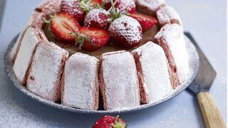 Charlotte aux fraises et à la rhubarbe : la recette inratable de Laurent Mariotte