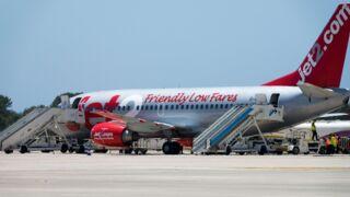Un passager ivre s'amuse avec une poupée gonflable en plein vol, l'avion dérouté à Toulouse