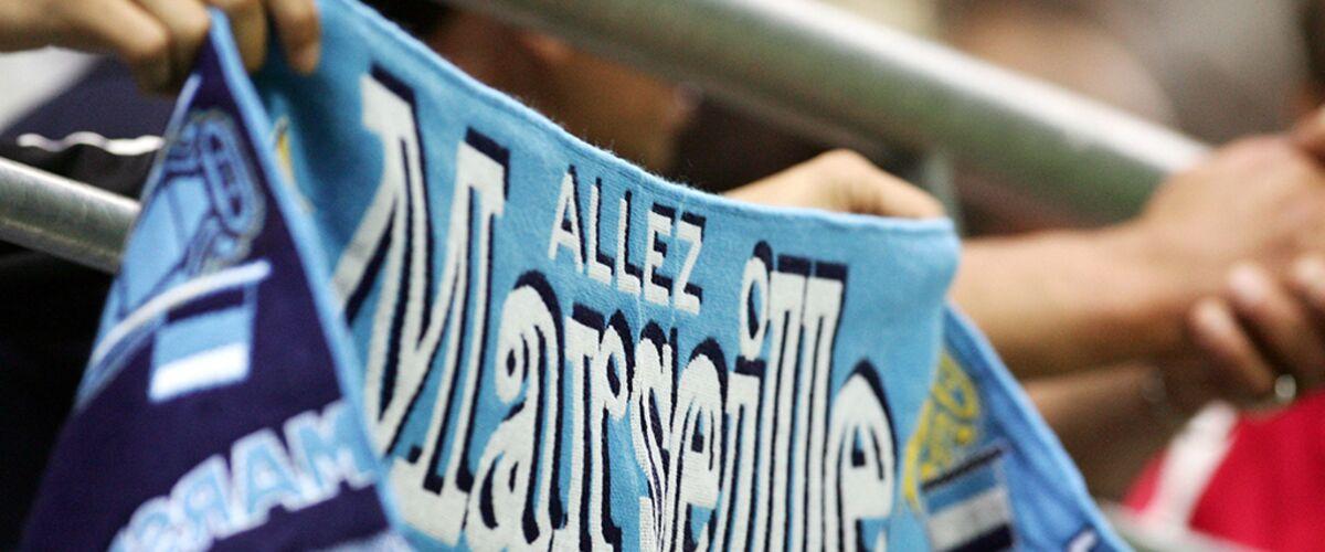 meilleur fournisseur outlet double coupon Tollé : l'OM met en vente une écharpe à la devise pro-PSG ...